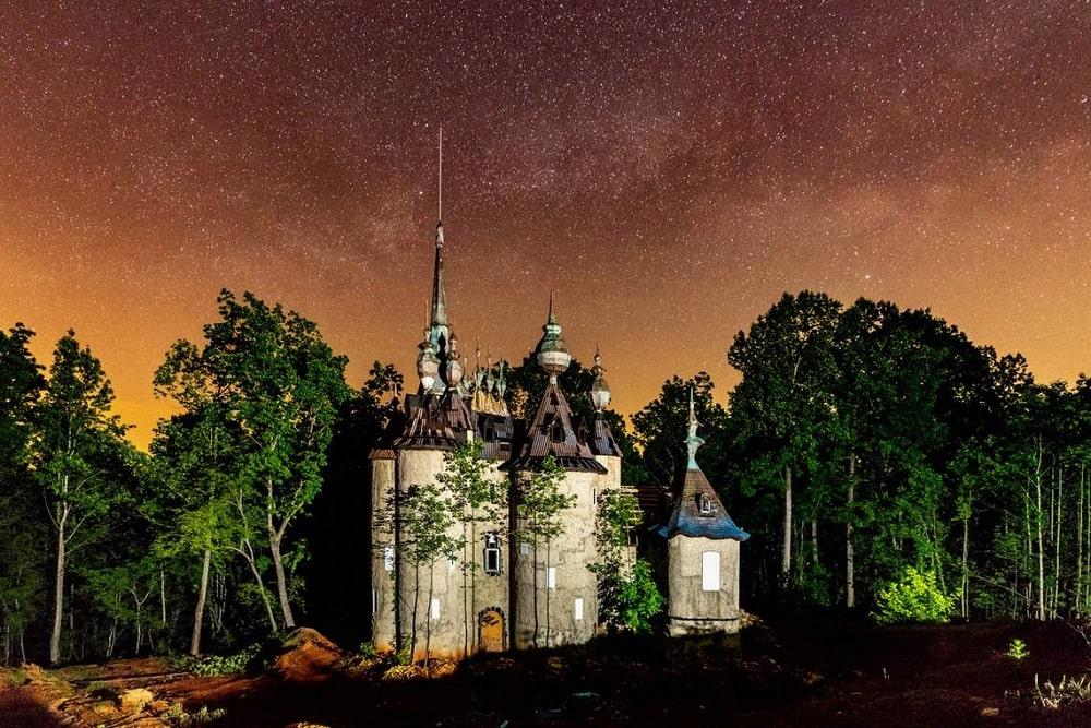 Castle Mont Rouge