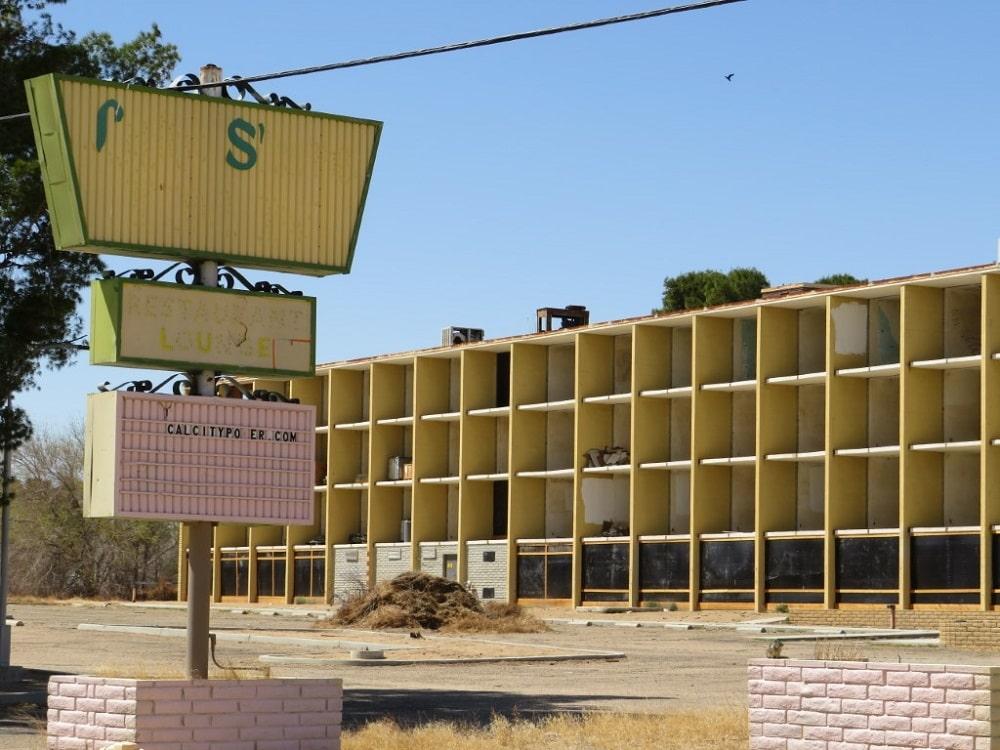 Lake Shore Inn (California City, California)