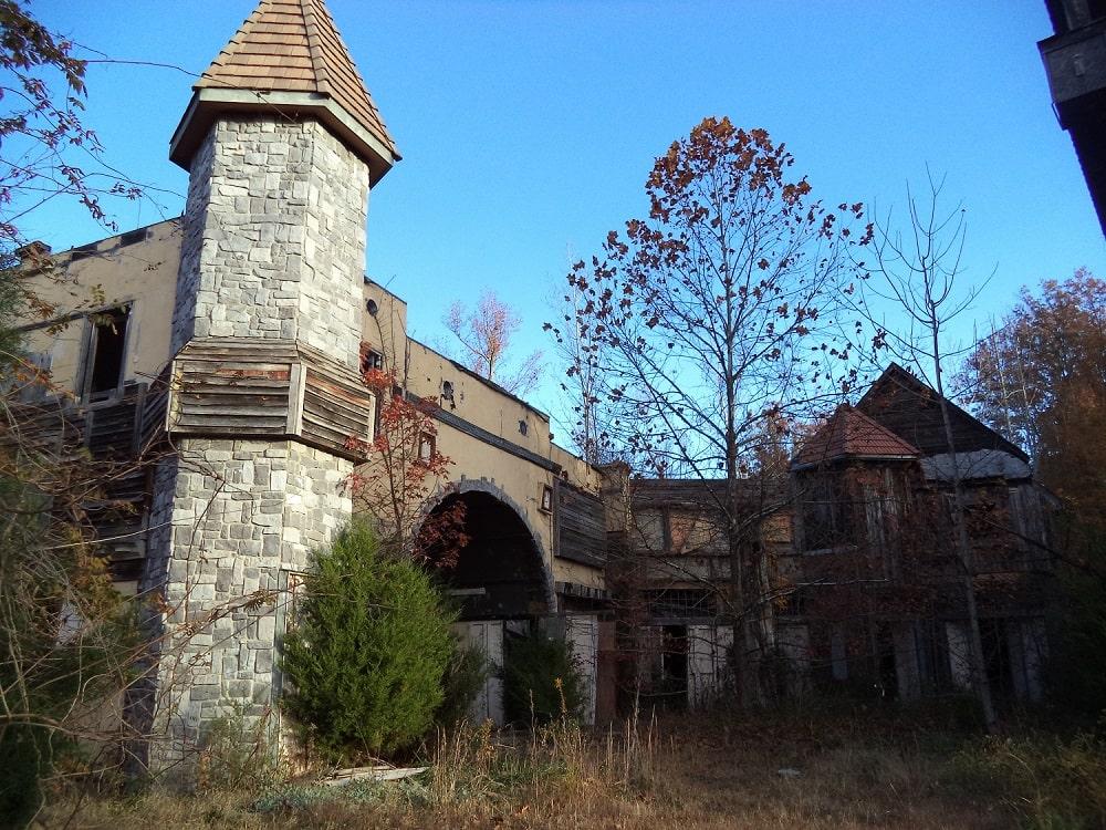 Abandoned Virginia Renaissance Faire (Fredericksburg)