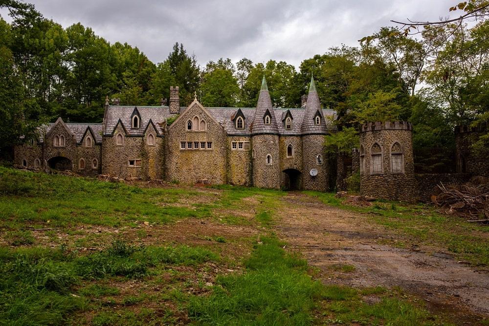 Craig-E-Clair Castle (Roscoe)