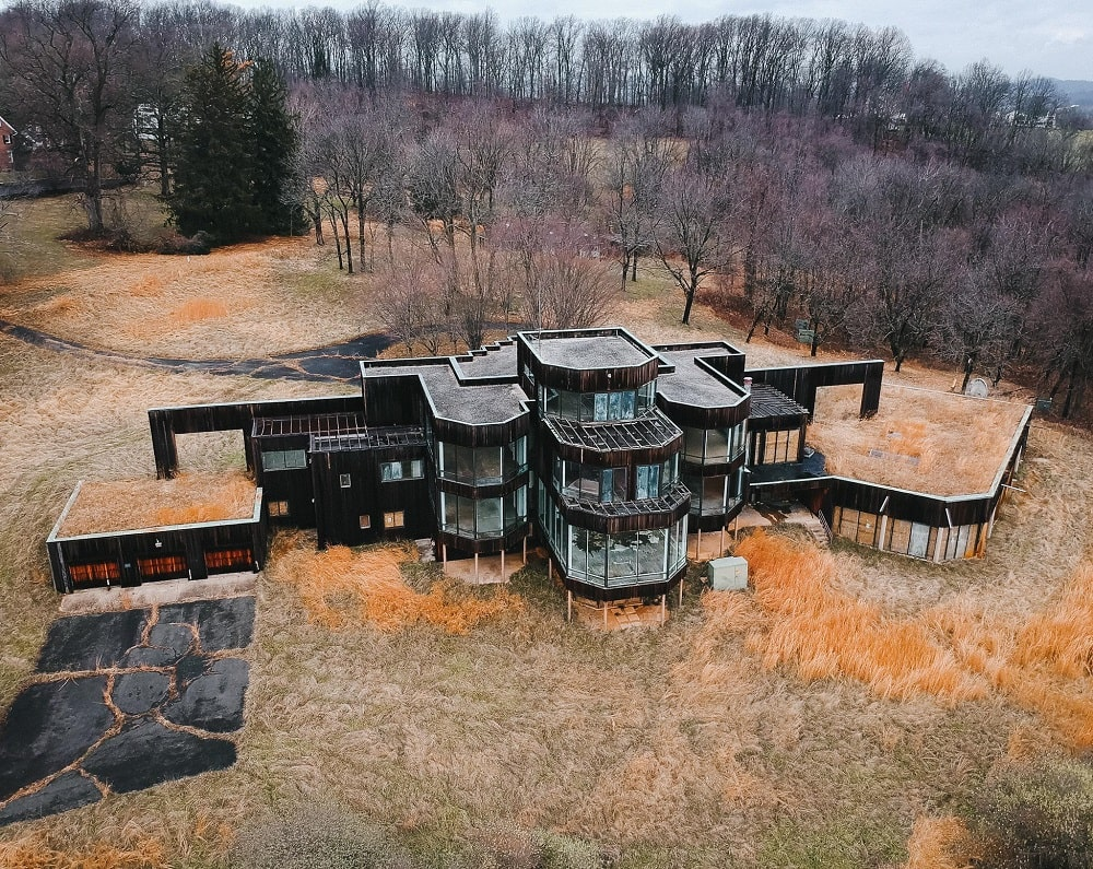 Hidden Hills Lane Mansion (Leesburg)