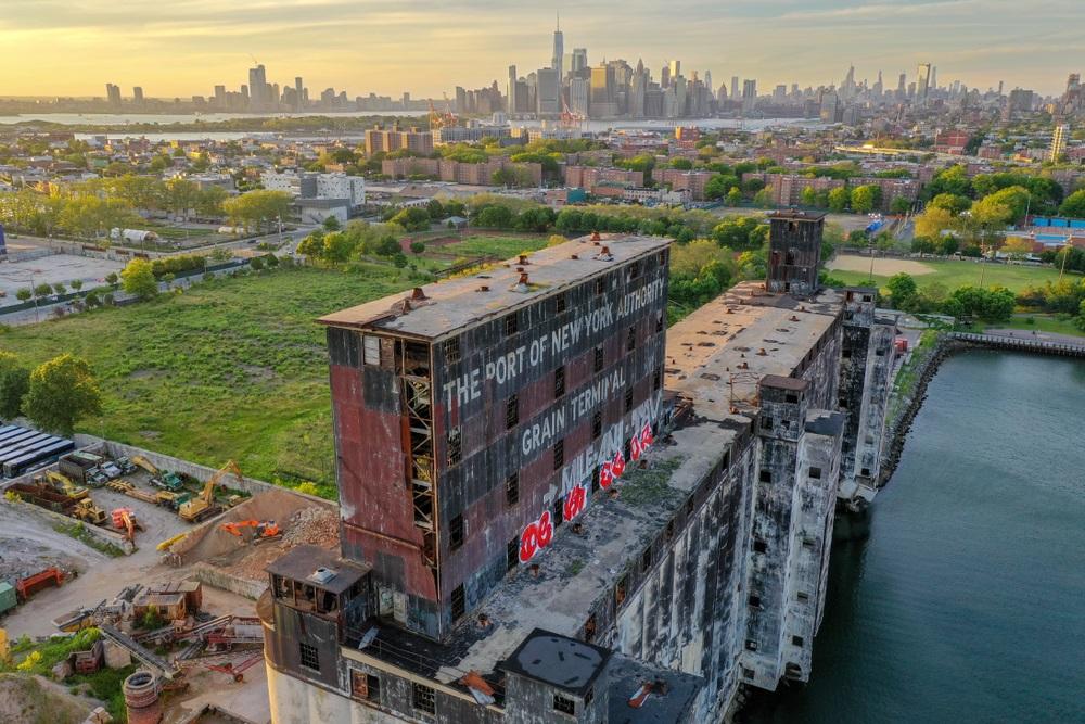 Red Hook Grain Terminal (Brooklyn)