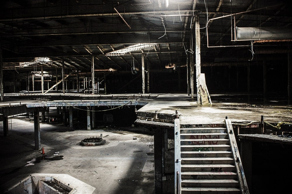 The Abandoned Hawthorne Mall